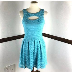 Guess crochet sleeveless dress size 2